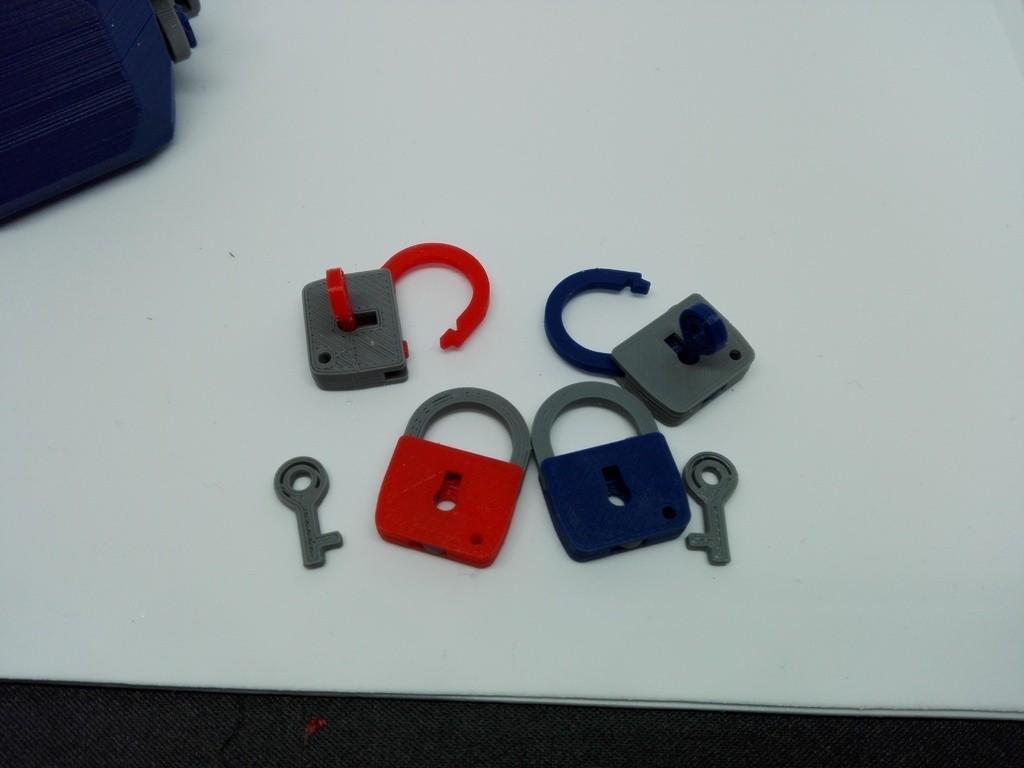 31d56aa040f7e358789b0f9bdf10a55a_display_large.jpg Download free STL file minimal mini lock with working mechanism and key • Object to 3D print, raffosan
