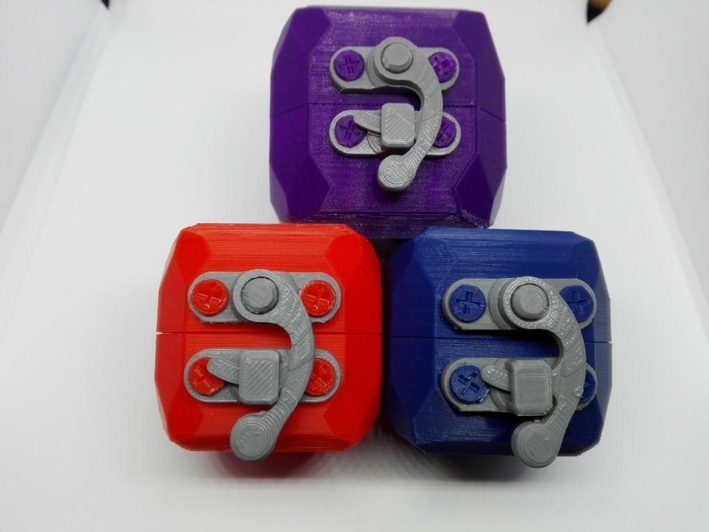 42feff17fa56152179c6aa5bb19e1658_display_large.jpg Télécharger fichier STL gratuit boîte cube cube lowpoly ringbox avec moraillon • Design pour impression 3D, raffosan