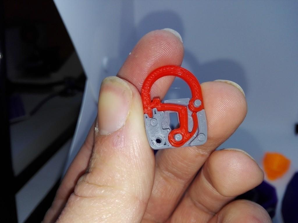 9e77c314fb26c75aa867ed3fda04a498_display_large.jpg Download free STL file minimal mini lock with working mechanism and key • Object to 3D print, raffosan