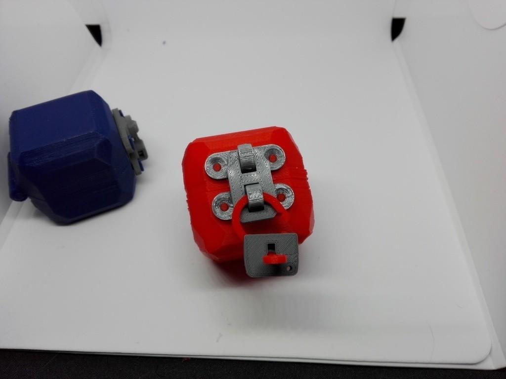 530d7ed31bb478fba8f7370eaa72a178_display_large.jpg Download free STL file minimal mini lock with working mechanism and key • Object to 3D print, raffosan
