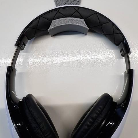 612cbd685697bf02aac32edf3f8bb355_display_large.jpg Download free STL file Headphone Wall Holder #2 • 3D print object, MPoenya