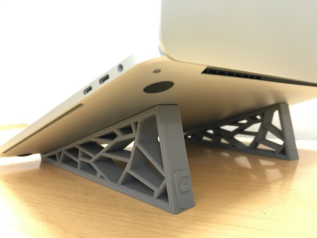 36cf07335356f2ceb501a09c97aaca18_display_large.jpg Download free STL file Generative Design Stand for MacBook • 3D print design, varun