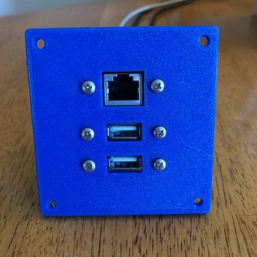 K40 Comms Port.jpg Télécharger fichier STL gratuit Port de communication laser K40 • Plan imprimable en 3D, smirnoff01
