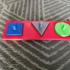 IMG_20201007_090005.jpg Download free STL file Montesorri children's games (square, triangle, round) • 3D printer design, BobPoundMax