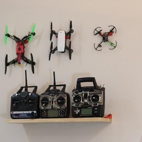 Télécharger plan imprimante 3D gatuit Crochet mural Quadcopter Générique, roguemat