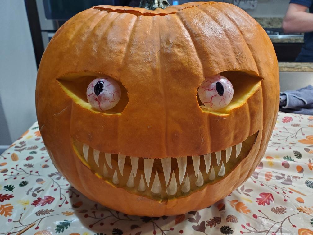 Resized_20191030_222938.jpeg Download free STL file Spooky Pumpkin Teeth and Eyes • 3D printing template, Dauler
