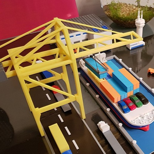 Untitled-7 copy.jpg Download STL file Container Port scale model ( maquette ) • Model to 3D print, 3dprintlines