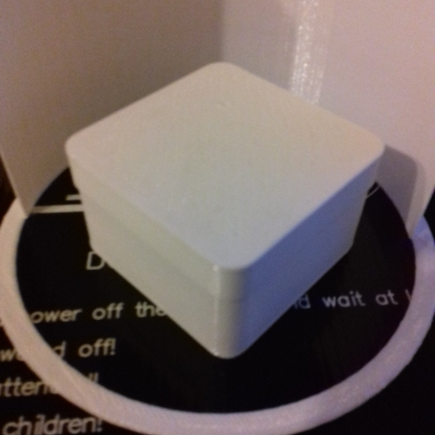 box-square-round-s-001-photo-1.png Download free STL file Square Shaped Box Rounded - Small • 3D print template, GadgetPrint