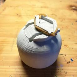 Descargar diseños 3D gratis empuñadura del soporte de pintura - 28mm OnePiecePrint, pyrokahd