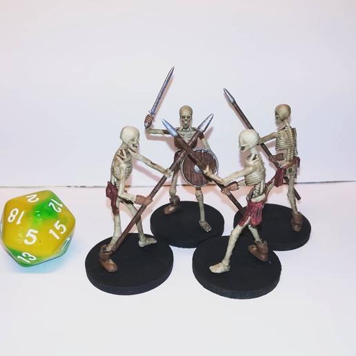photo_2020-10-14_09-30-12.jpg Download STL file Sekeltons - 28mm D&D Miniatures  • 3D printing template, pyrokahd