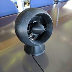 Télécharger fichier impression 3D gratuit Ventilateur de table de bureau Ventilateur de table provenant d'un ventilateur d'ordinateur réutilisé, metalguru