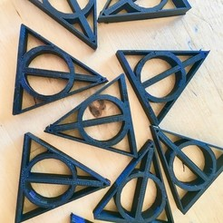 Free STL file Deathly Hallows, nsekinger