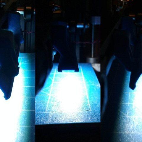 13.jpg Download free STL file Printer bed lighting - V-slot 2020 click-mount (Ender-2, CR-10)  • Template to 3D print, tomast