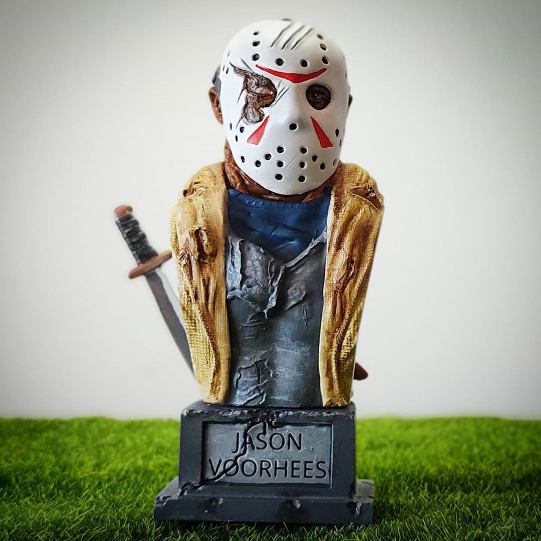 live3dprintspt_124676984_426408628384558_1894504715360354606_n.jpg Download STL file Jason Voorhees: Bust for 3D printing • 3D printable model, AntonioPugliese