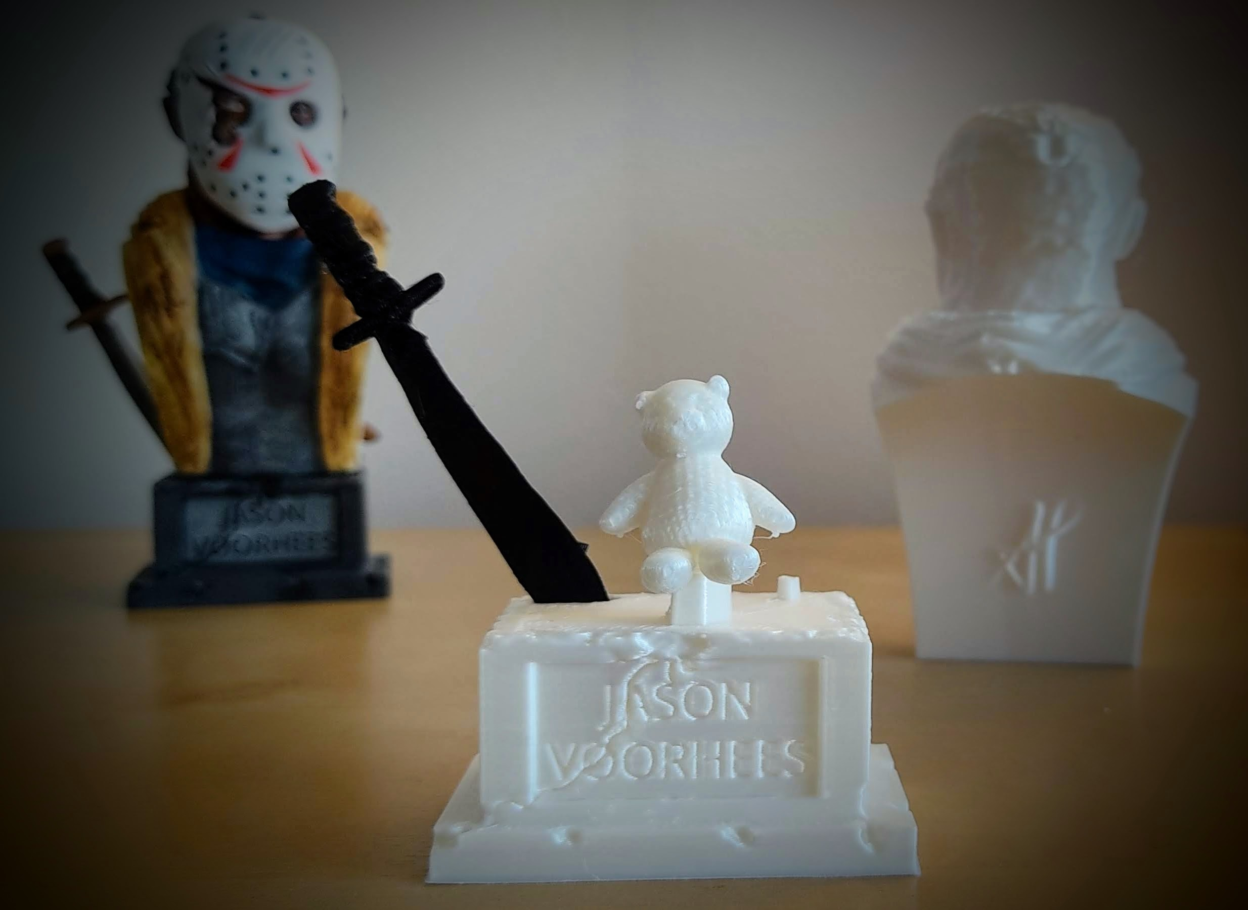 IMG_20201115_115105.jpg Download STL file Jason Voorhees: Bust for 3D printing • 3D printable model, AntonioPugliese