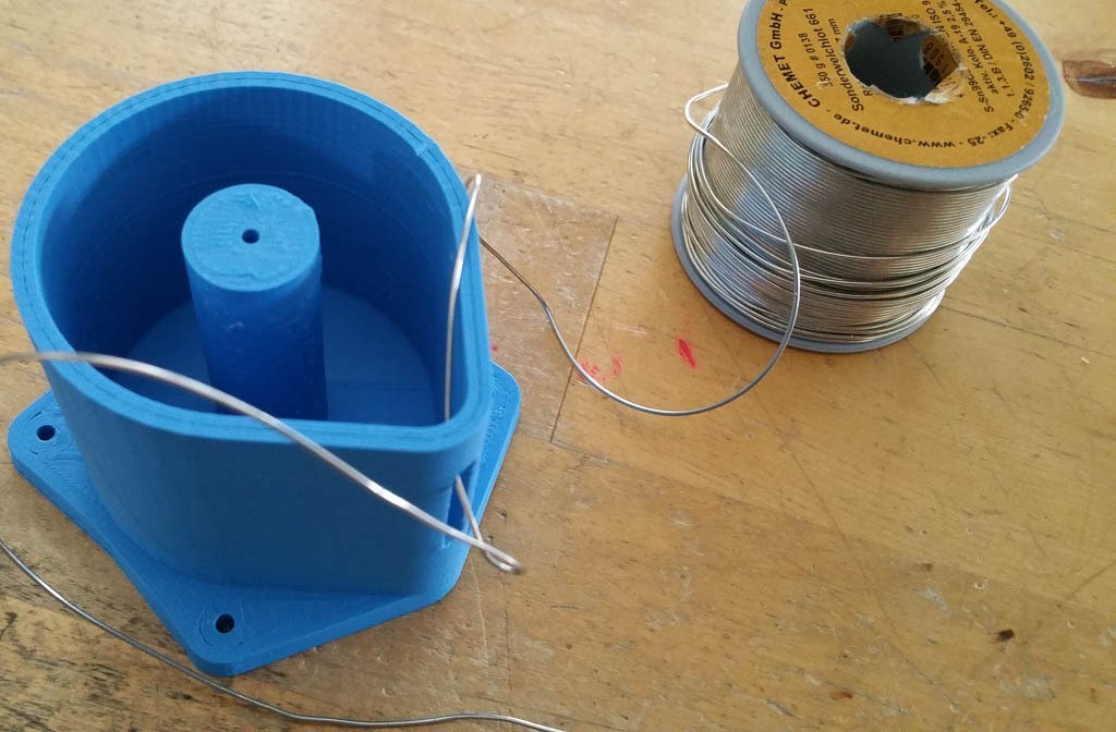 20150226_124235_display_large.jpg Download free STL file Solder wire spool can for CHEMET GmbH solder wire spools • 3D printing model, glassy
