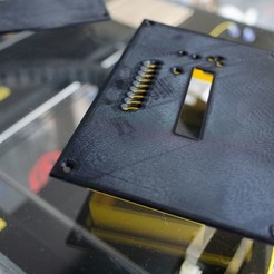 Free 3D printer model Panel-enclosure for new SMD-based geiger counter by impexeris, glassy