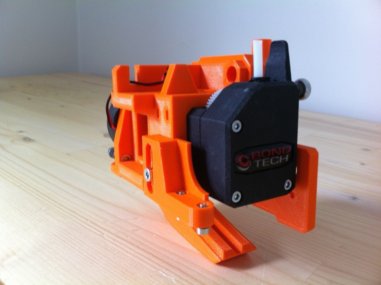 IMG_0932.JPG Download free STL file Direct Drive- E3DV6- Bondtech (right)-Bltouch • 3D printer template, kim_razor