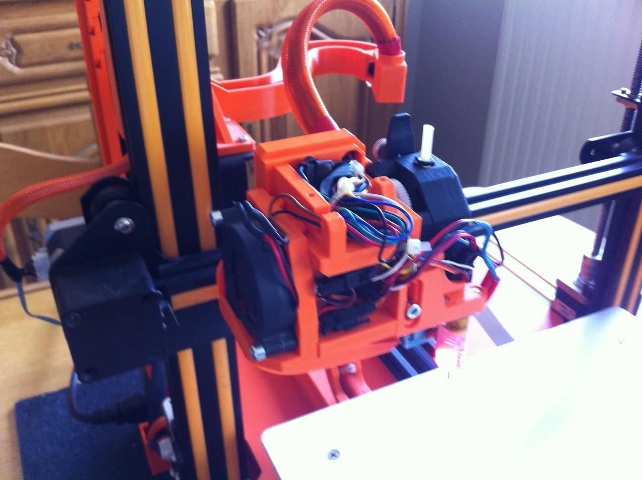 IMG_0935.JPG Download free STL file Direct Drive- E3DV6- Bondtech (right)-Bltouch • 3D printer template, kim_razor