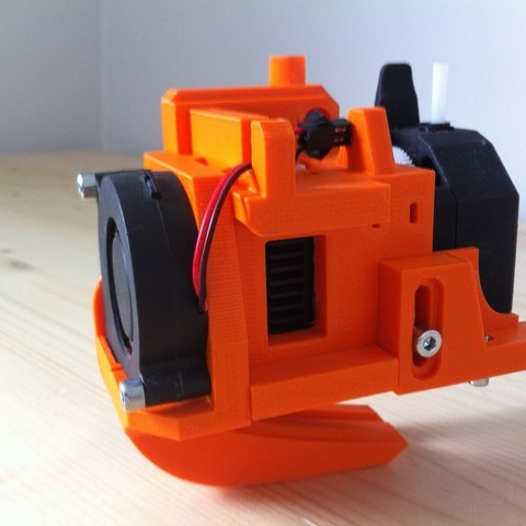 IMG_0930.JPG Download free STL file Direct Drive- E3DV6- Bondtech (right)-Bltouch • 3D printer template, kim_razor
