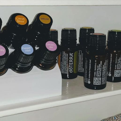 Télécharger STL gratuit Détenteur d'huile essentielle, bencolt45