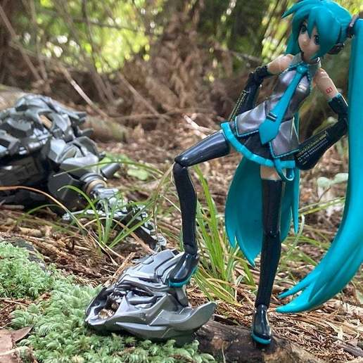 IMG_1129.JPG Download free STL file Energon Blades for Hatsune Miku • Template to 3D print, Megawillbot
