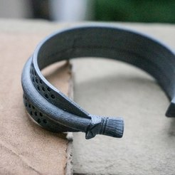 Download free 3D printer designs Viking dragon bracelet, Snorri