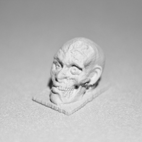 Zombie_head_2_display_large.jpg Download free STL file Clive the Zombie • 3D printable object, wally3Dprinter