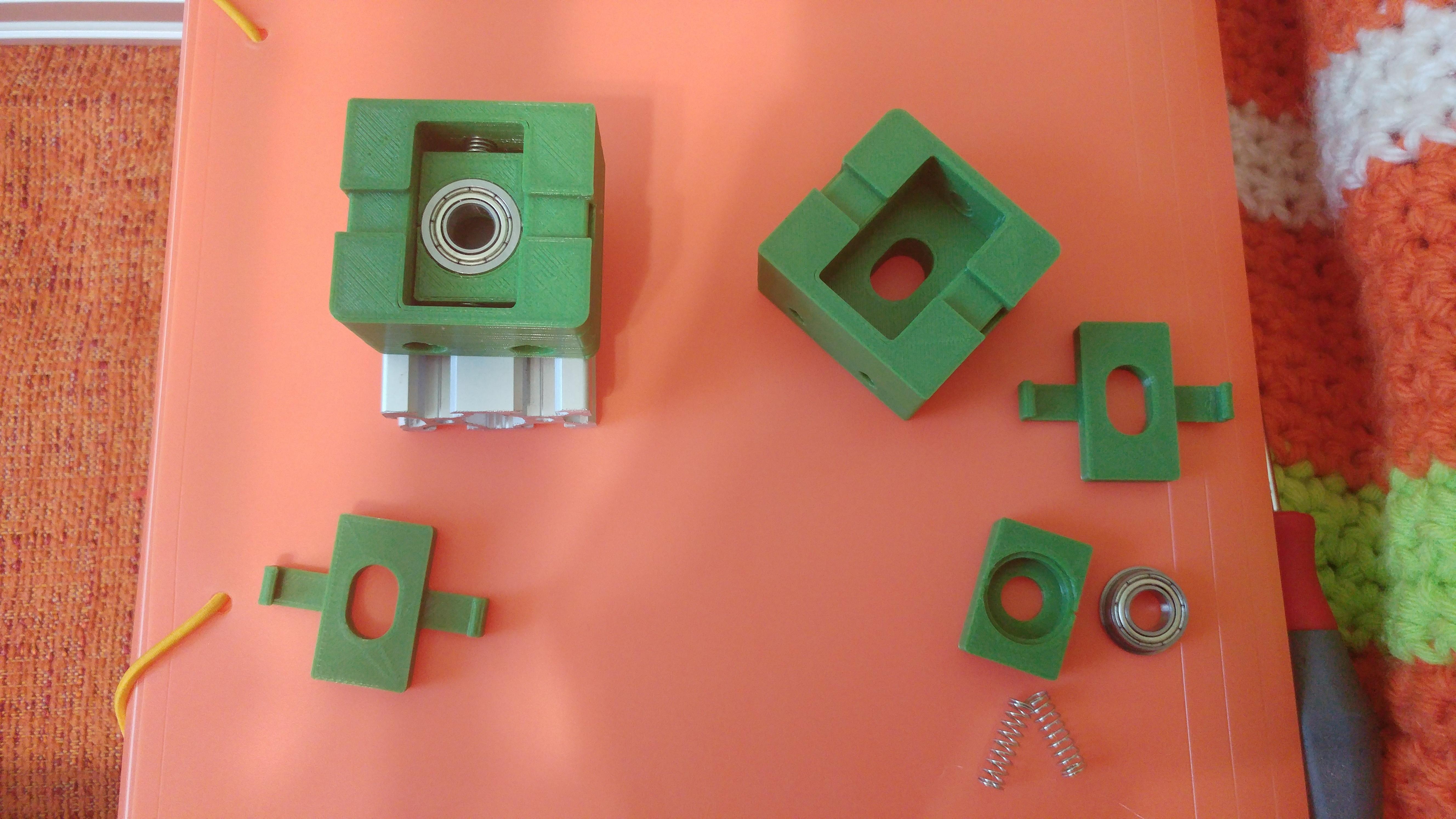 20190628_103256.jpg Télécharger fichier STL gratuit Parte Superior Husillo eje Z con muelle para perfil de aluminio 2040 • Plan imprimable en 3D, celtarra12