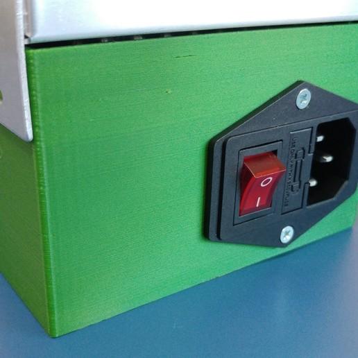 11.jpg Télécharger fichier STL gratuit Carcasa Fuente de Alimentación con interruptor de encendido • Plan pour imprimante 3D, celtarra12