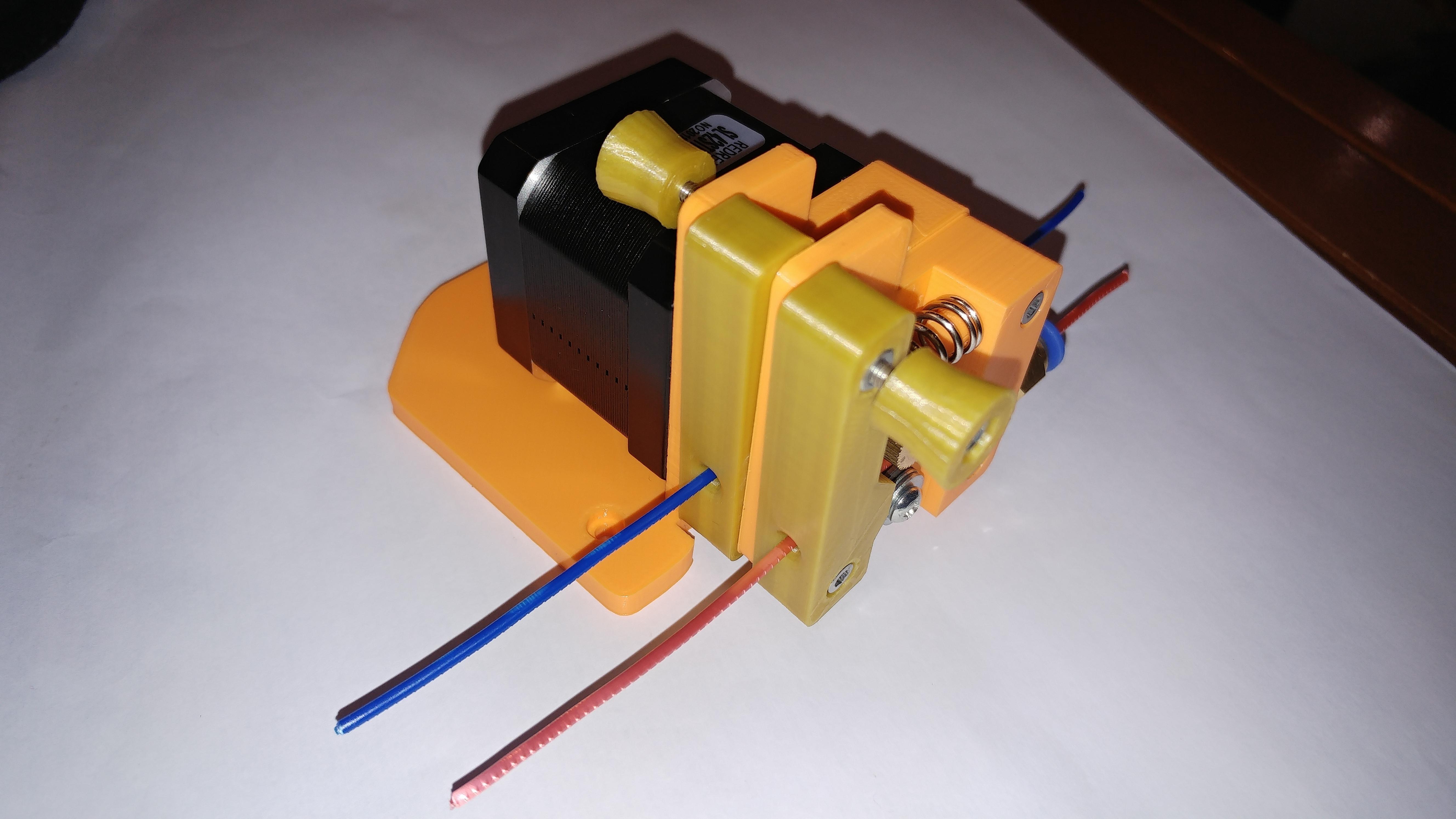 20190118_164324.jpg Télécharger fichier STL gratuit Doble Extrusor para montaje en Bowden con un sólo motor • Objet imprimable en 3D, celtarra12