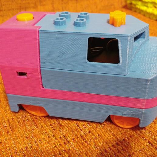 20181222_211039_Burst01.jpg Télécharger fichier STL gratuit Tren Lego Duplo Motorizado controlado por Infrarojos • Objet à imprimer en 3D, celtarra12