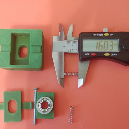 20190628_105051.jpg Télécharger fichier STL gratuit Parte Superior Husillo eje Z con muelle para perfil de aluminio 2040 • Plan imprimable en 3D, celtarra12