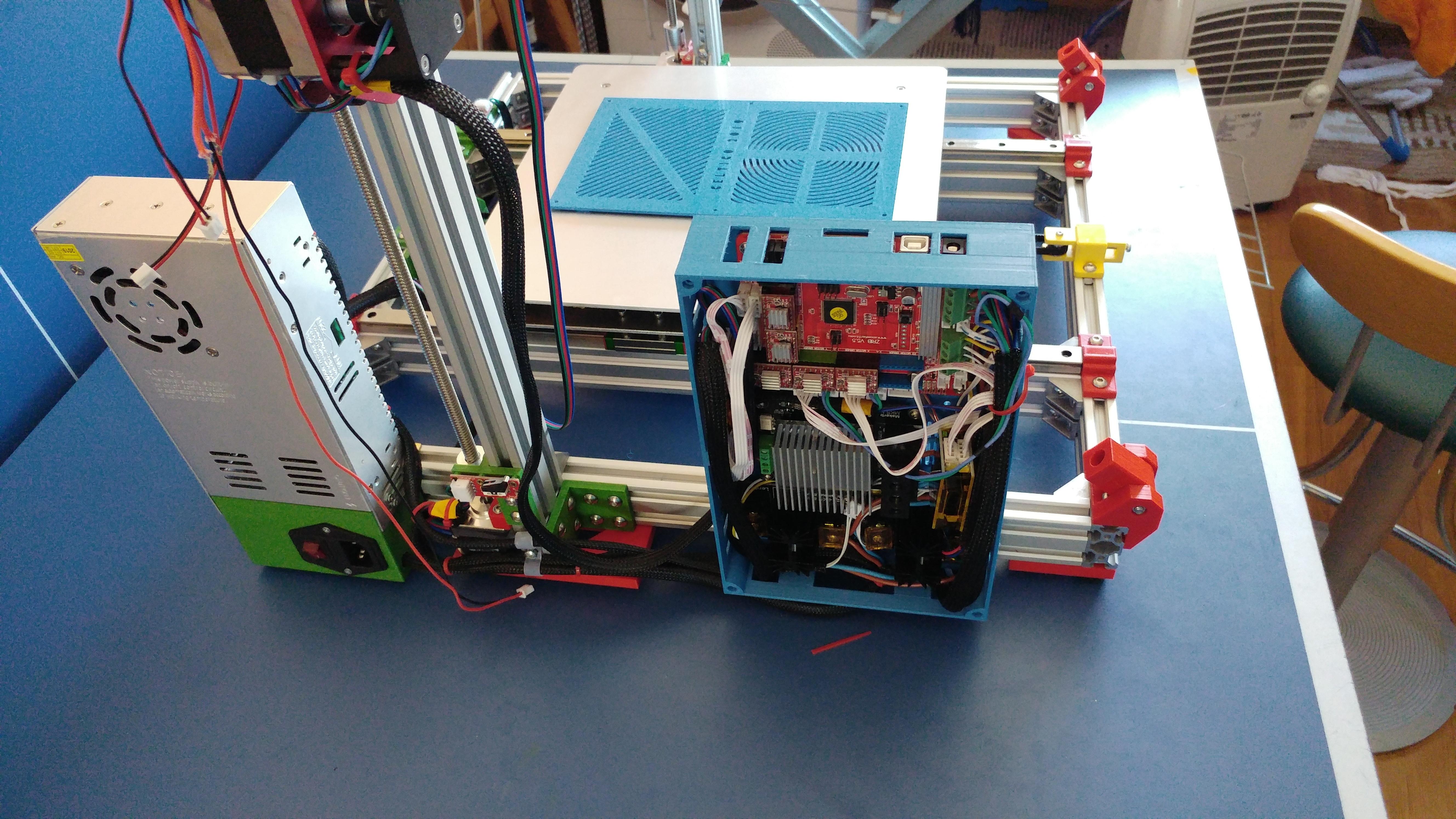 20190822_134913.jpg Télécharger fichier STL gratuit Caja XXL para placa Zonestar ZRIB para montar 3 Mosfet • Modèle à imprimer en 3D, celtarra12