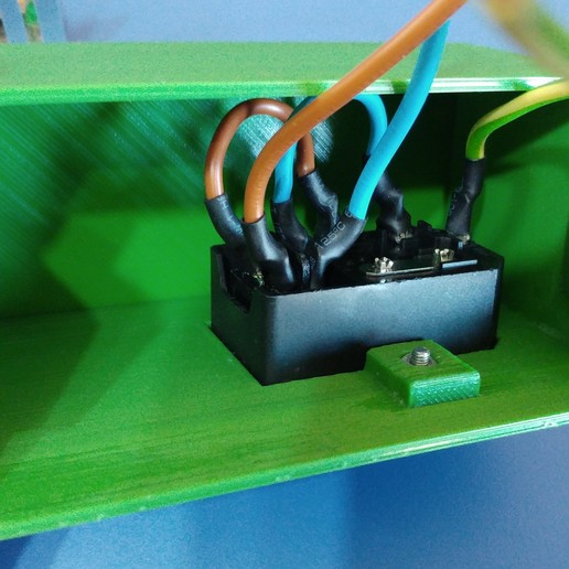 3.jpg Télécharger fichier STL gratuit Carcasa Fuente de Alimentación con interruptor de encendido • Plan pour imprimante 3D, celtarra12