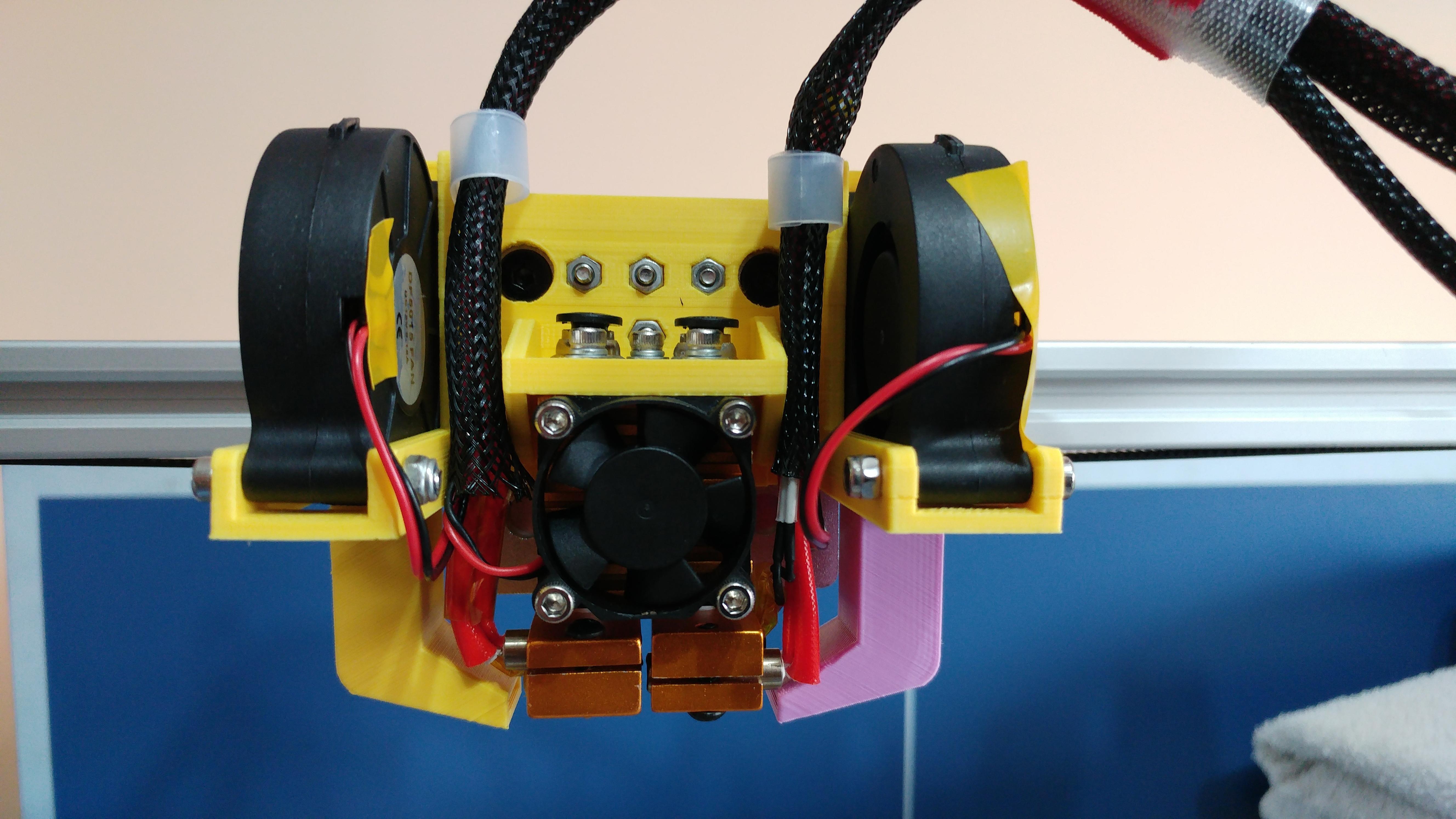 20191003_113550.jpg Télécharger fichier STL gratuit Soporte Hotend Chimera & Cyclops y 2 ventiladores de capa eje X Perfil aluminio 2020 // Soporte BMG + Hotend V6 • Objet pour impression 3D, celtarra12