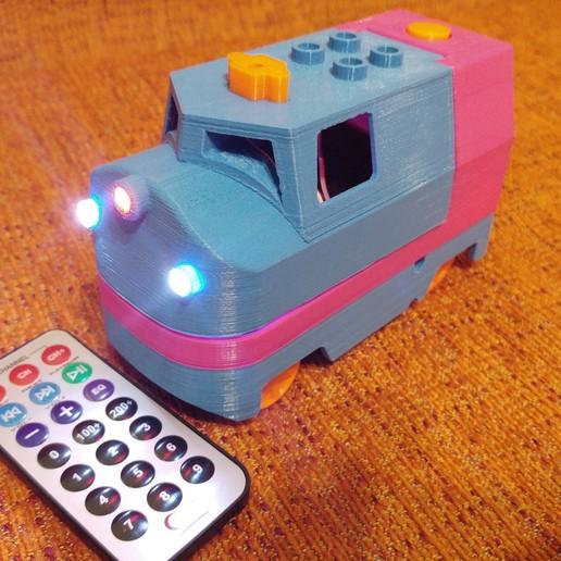 20181222_211339.jpg Télécharger fichier STL gratuit Tren Lego Duplo Motorizado controlado por Infrarojos • Objet à imprimer en 3D, celtarra12