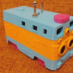 "Download free 3D printing designs Infrared controlled ""Sofia"" locomotive, with ultrasonic speed control and superior multipurpose engine (Lego Duplo), celtarra12"
