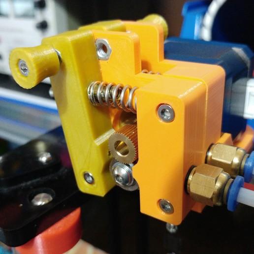 20190126_182419.jpg Télécharger fichier STL gratuit Doble Extrusor para montaje en Bowden con un sólo motor • Objet imprimable en 3D, celtarra12