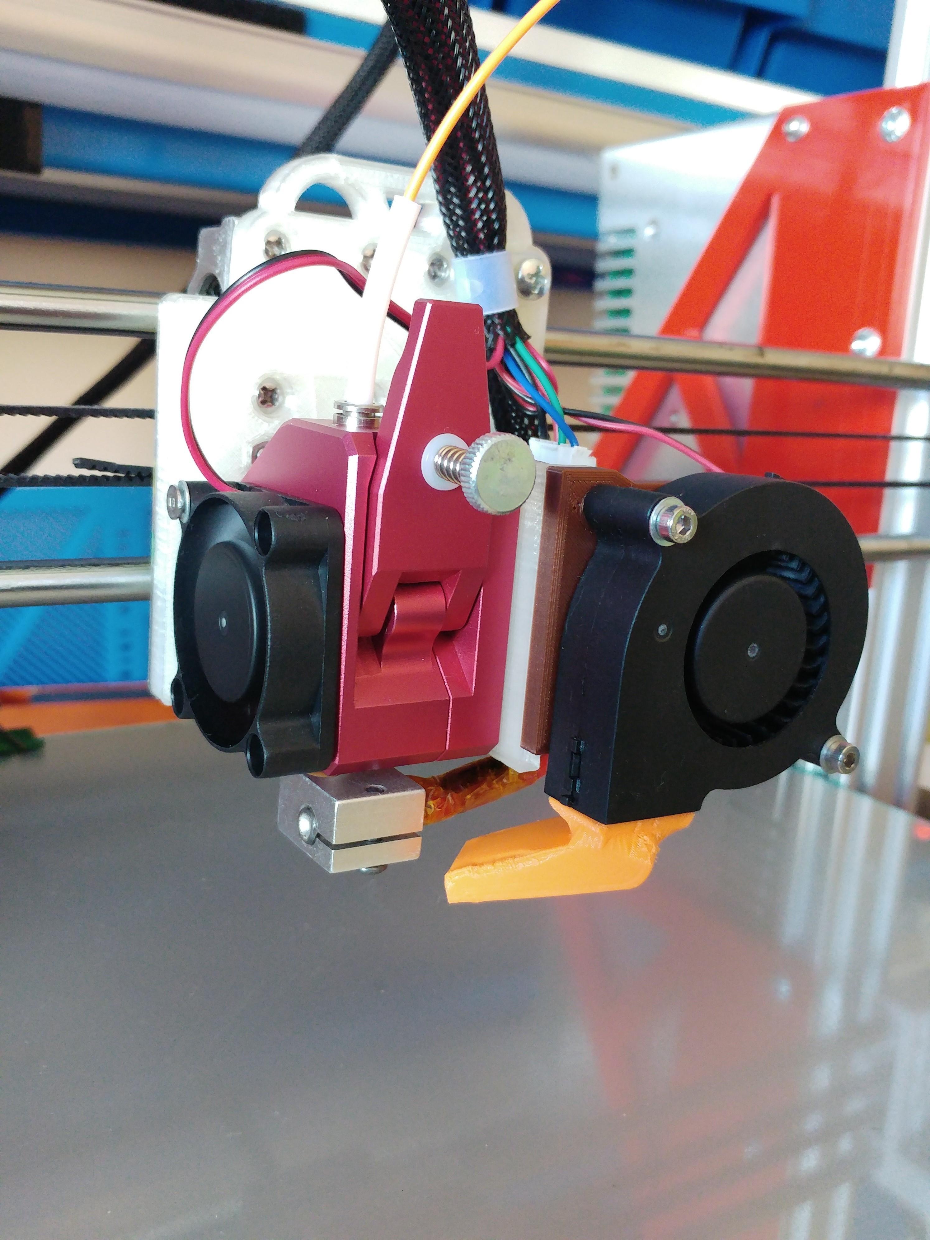20200329_140935.jpg Télécharger fichier STL gratuit Support moteur pour extrudeuse directe BMG pour Anet A8 /AM8 • Objet à imprimer en 3D, celtarra12