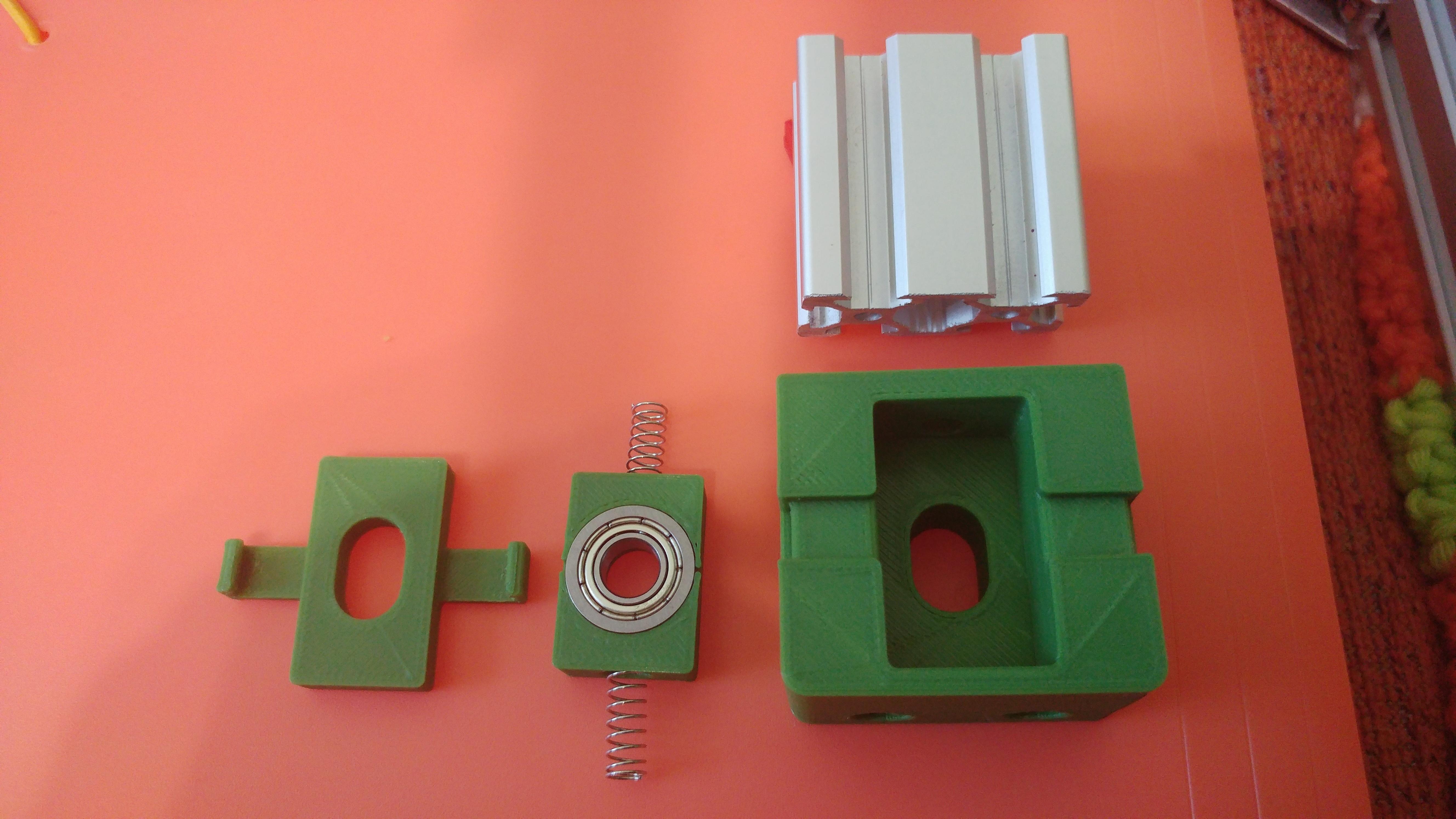 20190628_105756.jpg Télécharger fichier STL gratuit Parte Superior Husillo eje Z con muelle para perfil de aluminio 2040 • Plan imprimable en 3D, celtarra12