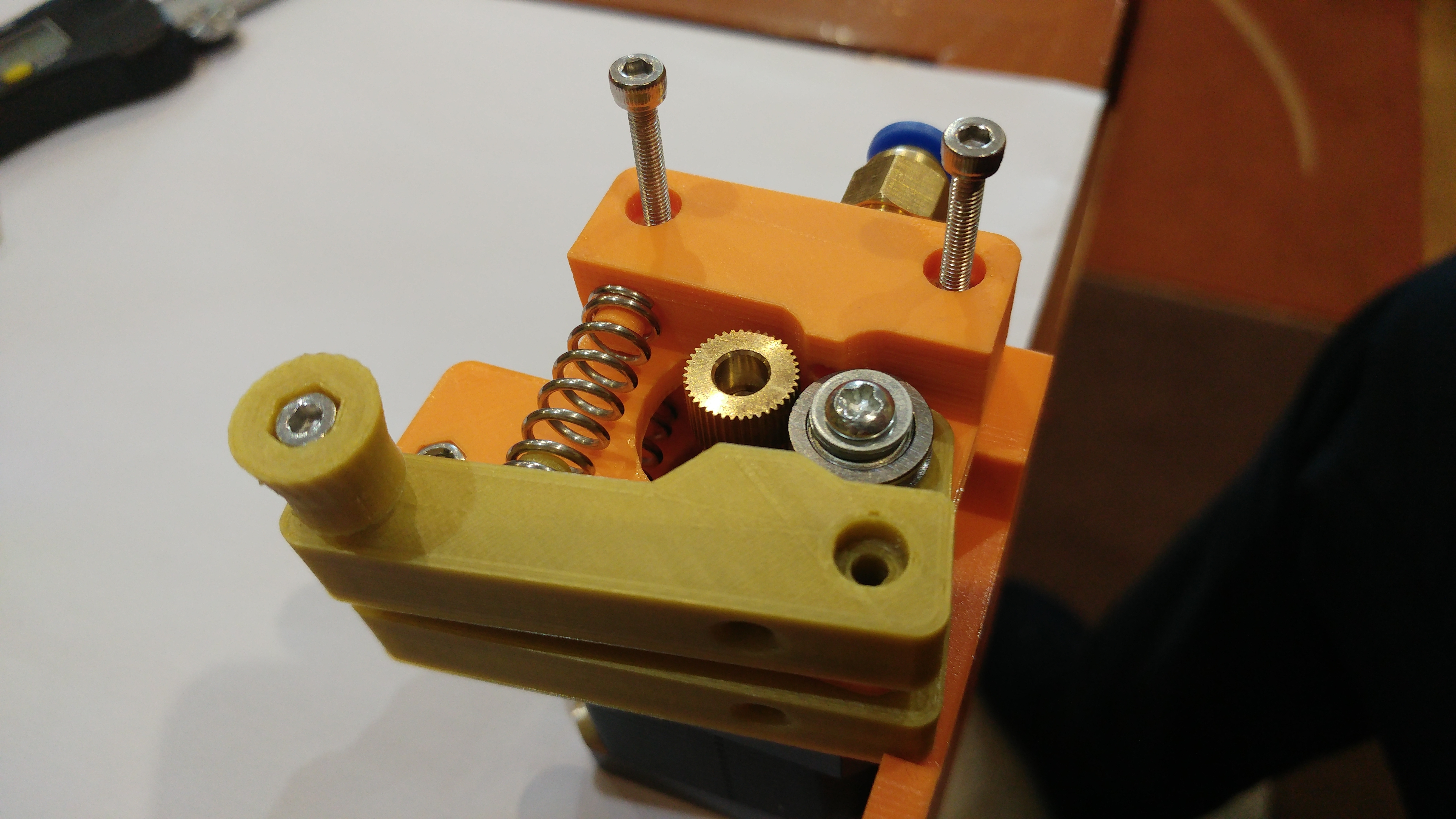20190118_162800.jpg Télécharger fichier STL gratuit Doble Extrusor para montaje en Bowden con un sólo motor • Objet imprimable en 3D, celtarra12
