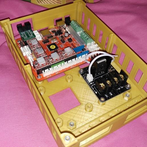 20190319_013212.jpg Télécharger fichier STL gratuit Caja placa Zonestar ZRIB para Anet A8 / AM8 (Extrusor Dual multicolor) • Design pour impression 3D, celtarra12