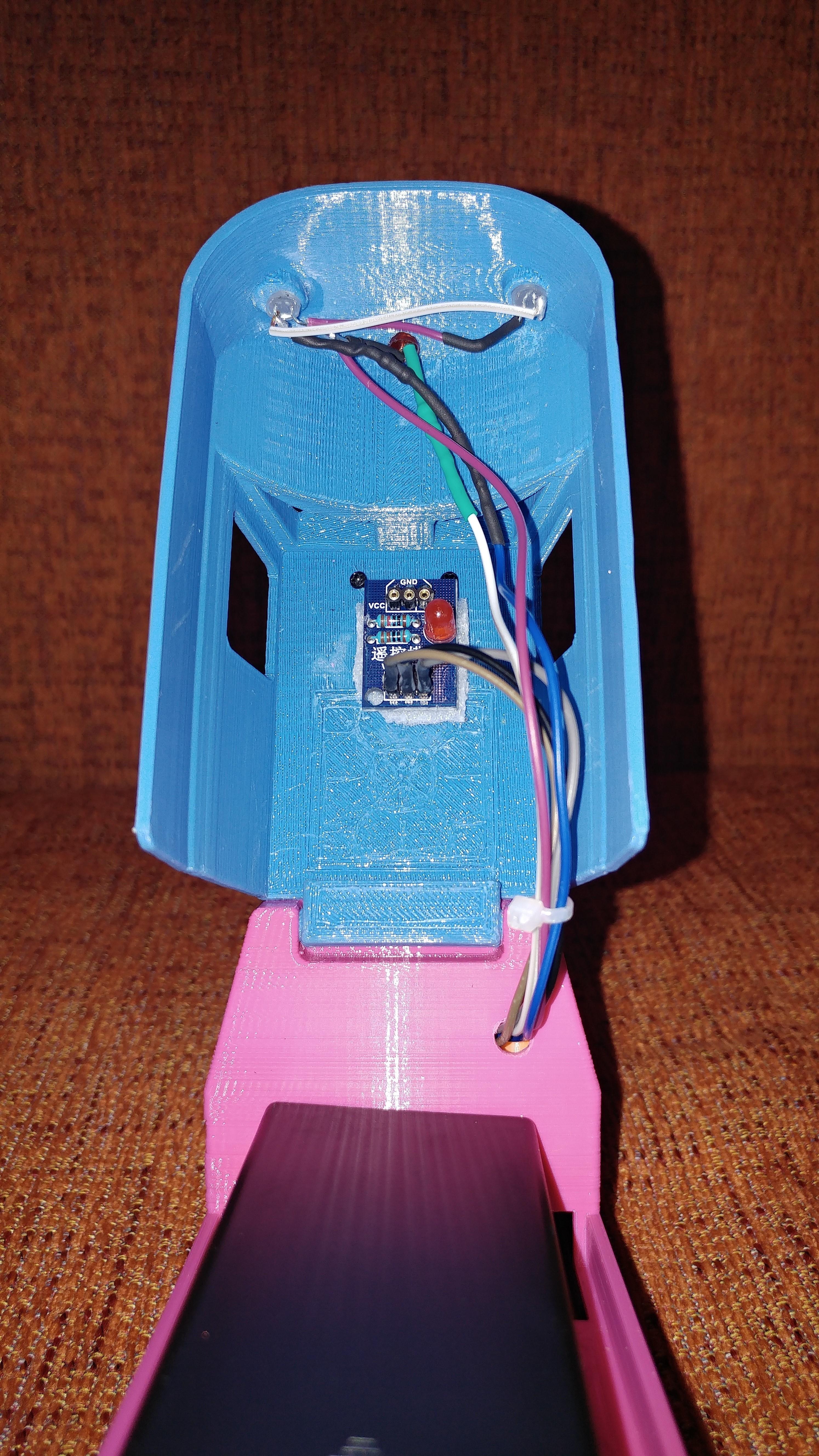 20181222_211133.jpg Télécharger fichier STL gratuit Tren Lego Duplo Motorizado controlado por Infrarojos • Objet à imprimer en 3D, celtarra12
