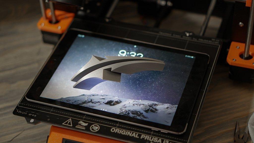 8247fdade04ad88706bb6ba2959a41b1_display_large.jpg Télécharger fichier STL gratuit Support pour iPad (support rabattable à charnières) • Objet imprimable en 3D, arron_mollet22
