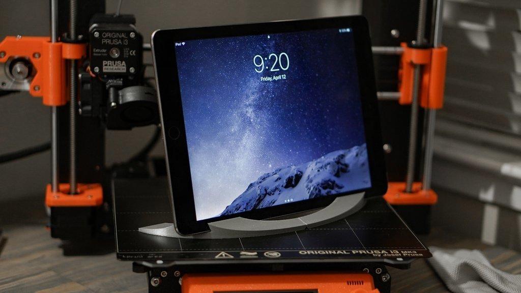 37f925b6df58758ba0da4b99a39bb5f5_display_large.jpg Télécharger fichier STL gratuit Support pour iPad (support rabattable à charnières) • Objet imprimable en 3D, arron_mollet22