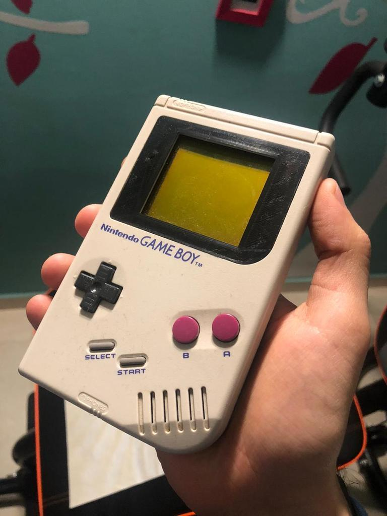 WhatsApp_Image_2020-06-26_at_21.48.02.jpeg Download free STL file Nintendo Gameboy display cover • 3D printer object, TROISI