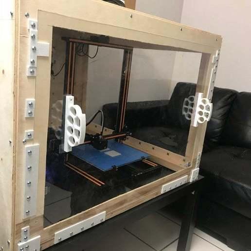 0DE563F7-161F-405E-BD7A-92163EE98626.jpeg Télécharger fichier STL gratuit Porte-porte extérieure en verre acrylique de 2,5 millions de mètres, coulissant vers le haut et vers le bas • Design imprimable en 3D, JeenyusPete