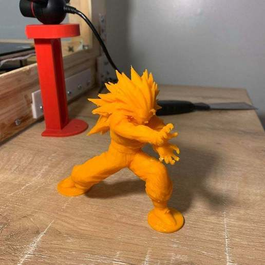 Download free STL file SS3 Goku With Base Plate • Model to 3D print, JeenyusPete