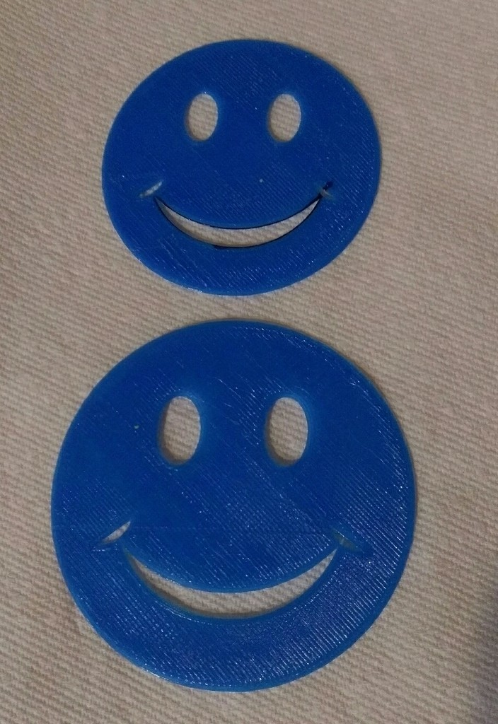 51b30c32037d4aa62d5eaff4467e81b2_display_large.jpg Download free STL file Smiley face stencil • Model to 3D print, arpruss